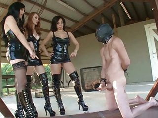 Female Superiority - Beautiful, Sadistic and Ruthless !