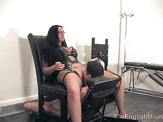 Mistress Pandora Motorised Smother CHair