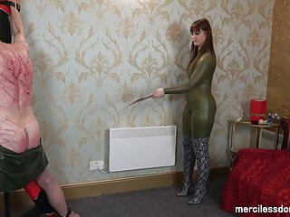 Extreme Back Whipping - Hard Poundind by Vivienne l'Amour