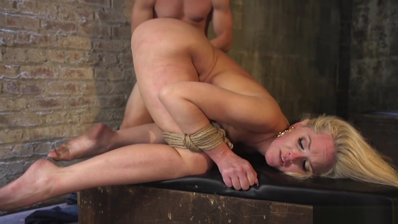 Sociopath captor fucks blonde in bondage