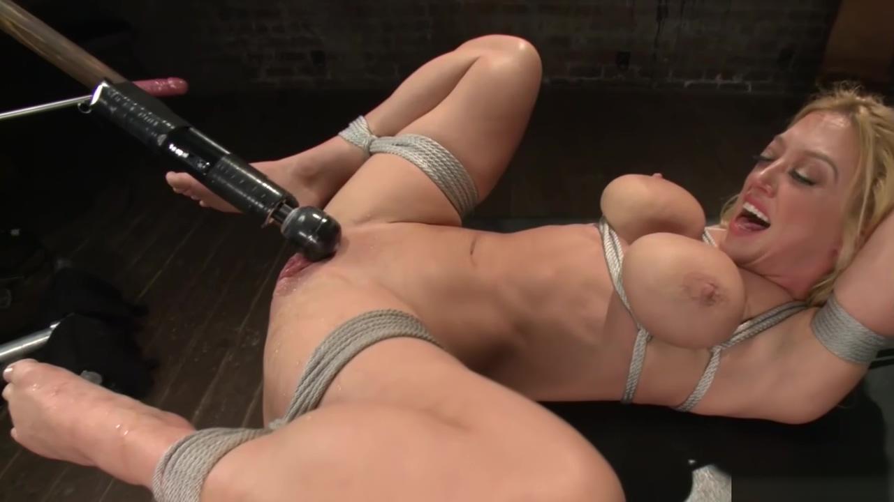 Huge tits squirter takes machine