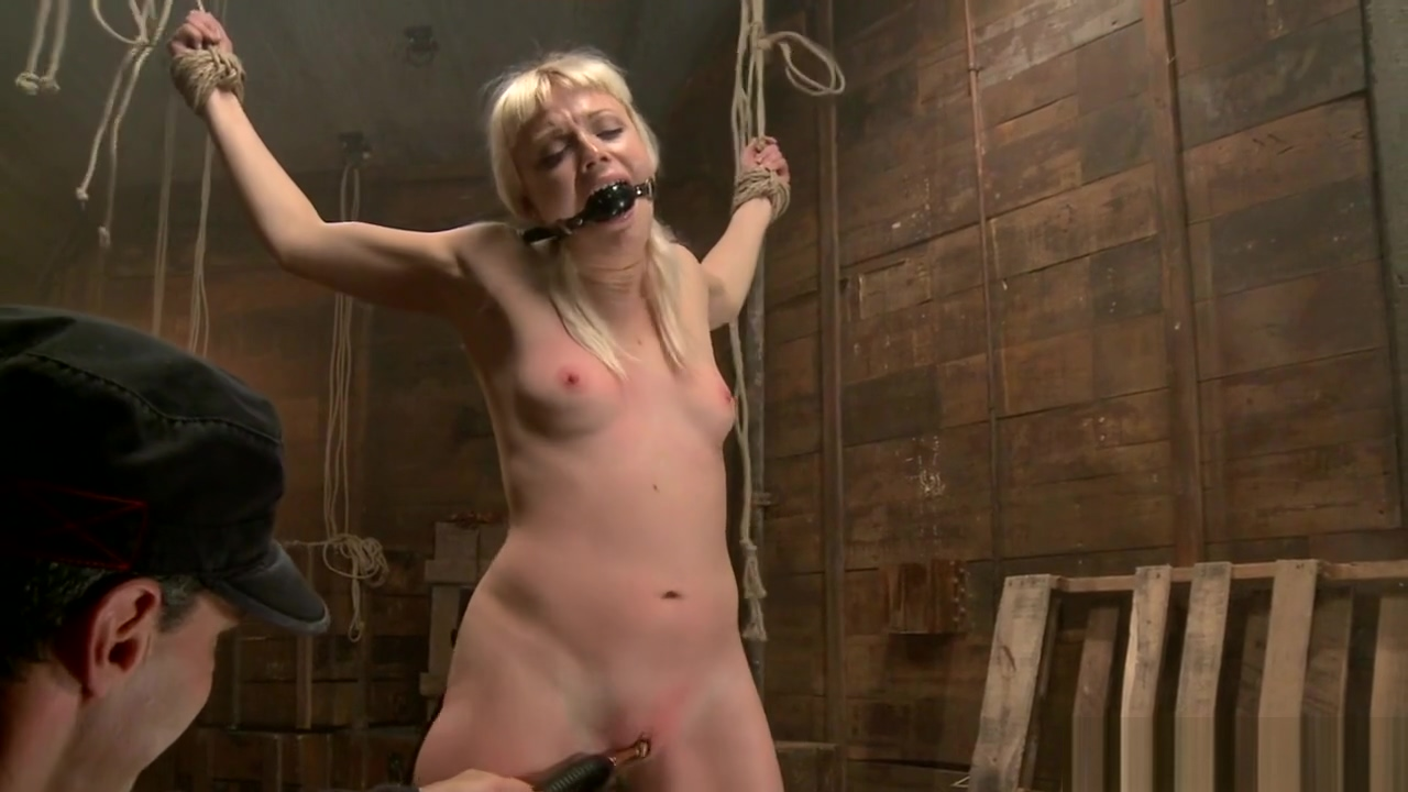 Big ass blonde toyed on hogtie