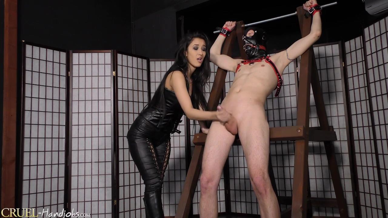 Horny porn clip Handjob hottest show
