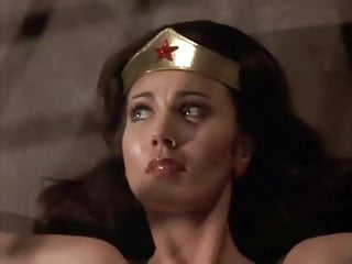 Wonder woman-sex scene