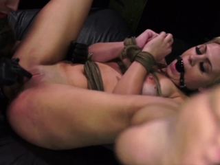 Amateur slave and extreme vacuum pumping anal