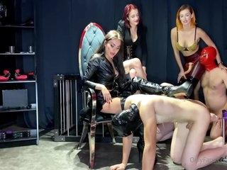Three Mistresses Have Latex Face Fuck