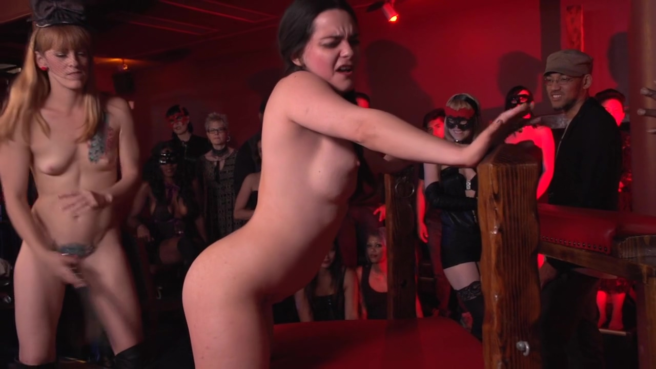 Spanking Live On Stage