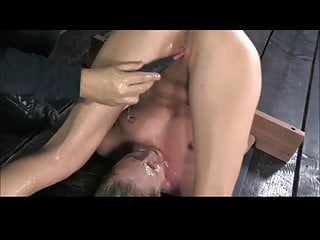 She Squirts On Her Own Face (Zdonk)