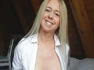 I AM KIM HOT MILF FROM GERMANY. HUGE TITS HUGE LABIA LIPS